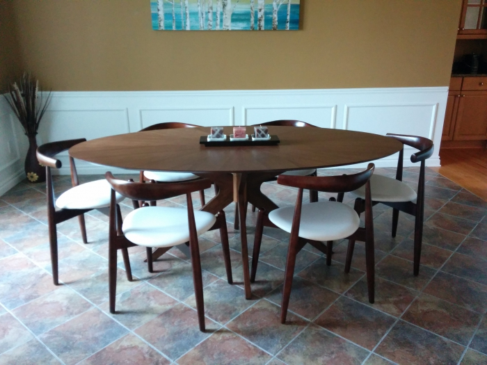 Product Reviews: Starburst Oval Dining Table