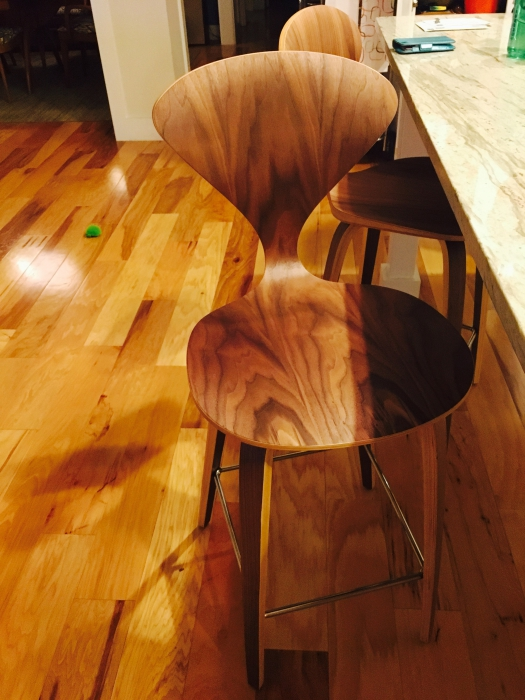 wood grain is different on each stool so they look very unique would highly recommend